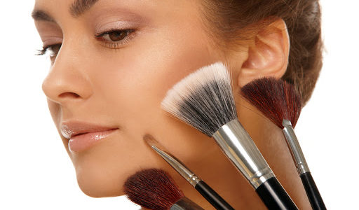 How to do your make-up in 5 minutes