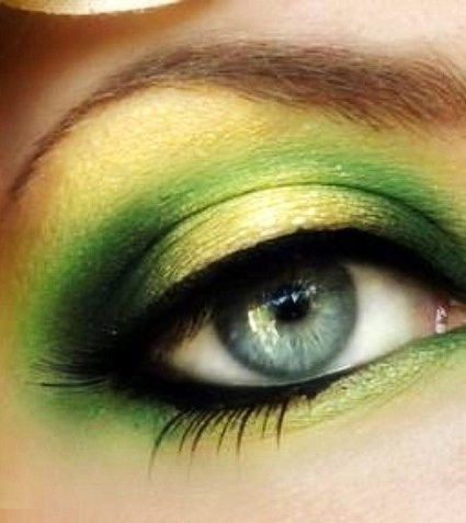 """Green with Envy"" Make-up Tutorial"
