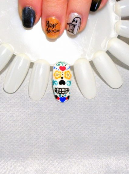 Sugar Skull Nail Art Tutorial