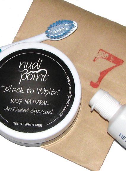 Nudi Point Black to White