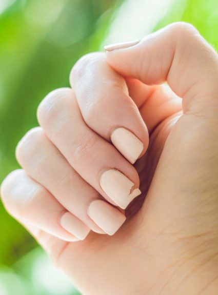 Why nails split, peel or crack